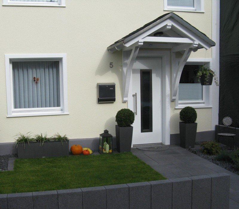 Haustür Eingang haustür weiß in overath